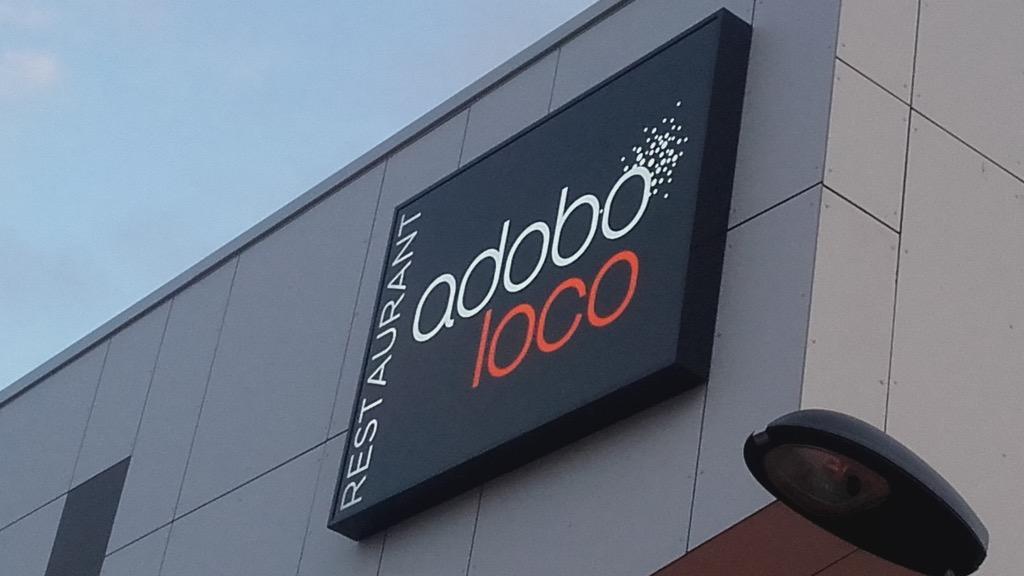 adobo loco toile tendue lumineuse ext rieure neodia. Black Bedroom Furniture Sets. Home Design Ideas