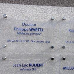 Plaques de médecin