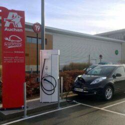 Totem borne rechargeable voiture électrique