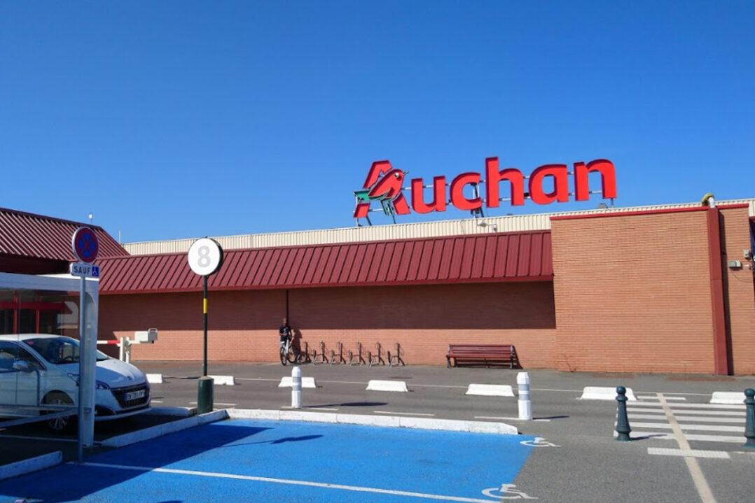 Auchan-Noyon-enseigne-2