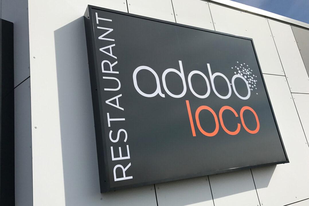 adobo-loco-lesquin-enseigne-4